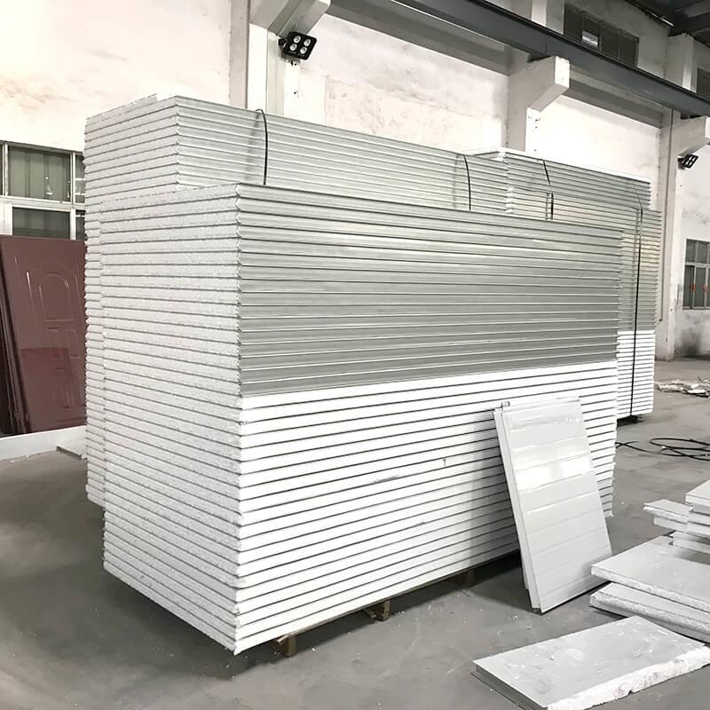 EPS Sandwich Panels in a factory