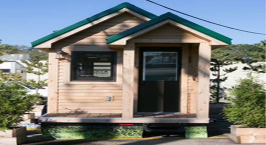 Roving small prefab house